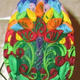 Декоративное яйцо в технике квиллинг к Пасхе