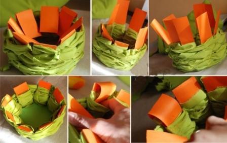 обплетаем лоскутками ткани картонную основу
