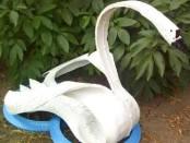 Поделка лебедь из шины