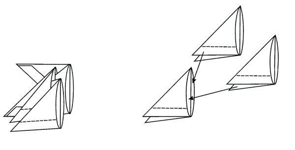 Получившийся треугольник согните пополам. Модуль готов.