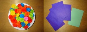 Приподнимайте верхние круги, чтобы получились объёмные цветочки-фейерверки