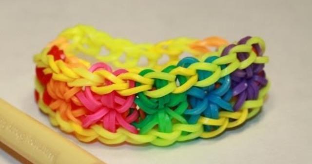 плетение из резинок видео на волосах