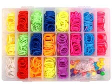 Резинки разных цветов в наборе для плетения