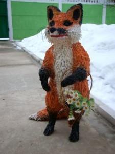 лисица - фигурка из монтажной пены для сада