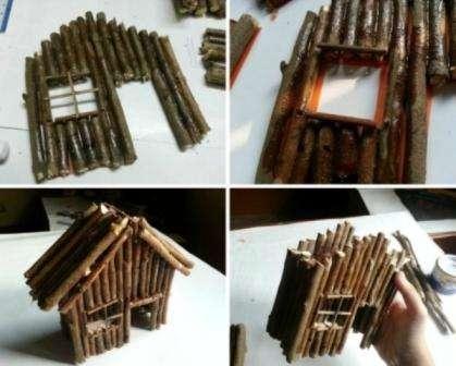 Возле домика будет красиво смотреться деревянная скамейка
