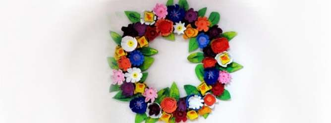 Цветы из яичных лотков своими руками