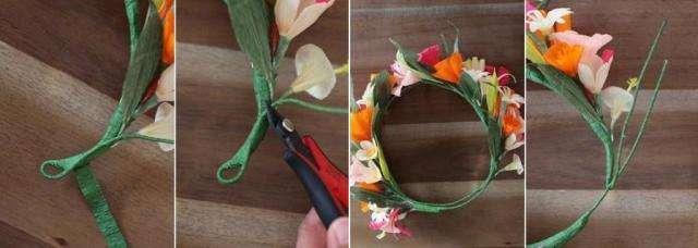Затем закрепляйте в любом порядке цветы и ободок готов!