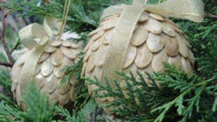 семечки для новогоднего декора