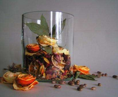 Розы своими руками: поделки из апельсиновых корок
