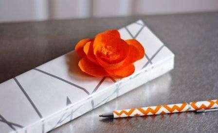 Розы из гофрированной бумаги пошаговый МК
