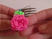 Как плести цветок из резинок