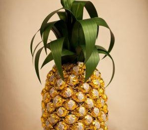 Все ананасы из конфет сделать своими руками 109