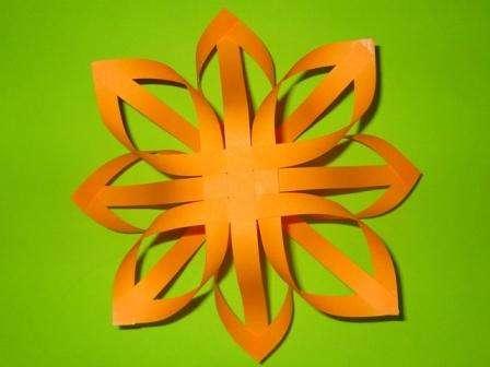 Как делать бумажные снежинки пошаговая инструкция