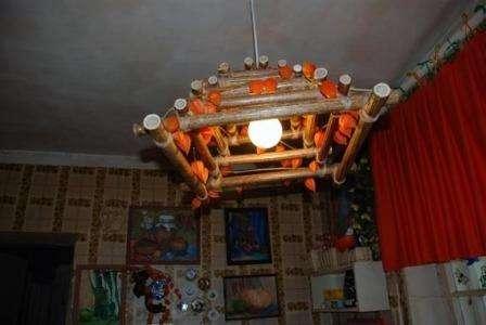 Стоит отметить, что физалис в течение нескольких месяцев без воды не испортится, им часто украшают помещения