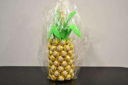 как украсить ананас для подарка