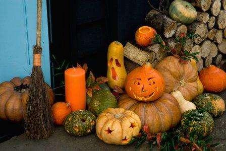 Делаем поделки из тыквы на Хэллоуин своими руками