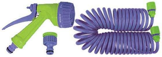 Сетку из нейлона устанавливают обычно в таком оборудовании между слоями из поливинилхлорида. Сверху покрытием таких шлангов бывает мягкий слой из ПВХ различной цветовой окраски.