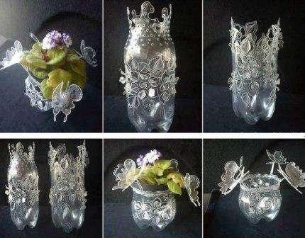 В такой вазе красиво будут смотреться сухоцветы или искусственные цветы. Для того чтобы в нее поставить живые цветы не делайте слишком много вырезных элементов или поставьте в середину пластиковой вазы стеклянную бутылку.