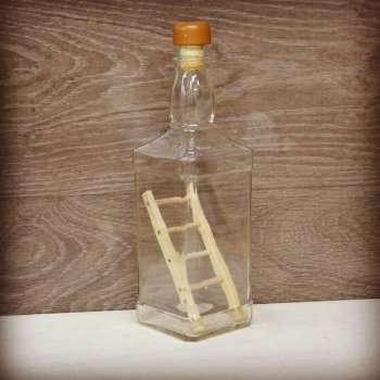 Поделки из стеклянных бутылок. Мастер-класс лестница