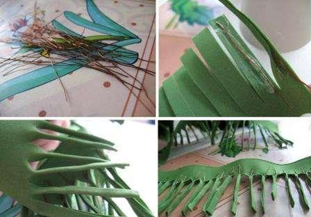 Сделайте много одинаковых заготовок из проволоки, чтобы потом можно было полностью заполнить всю ленту из фоамирана и придать ей форму сосновых иголок.