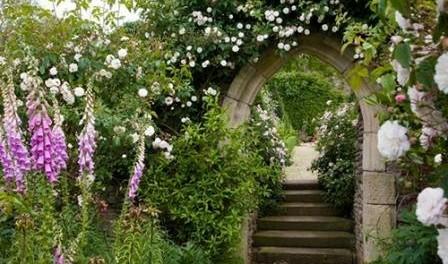 Фото садовых арок или как сделать украшение для сада