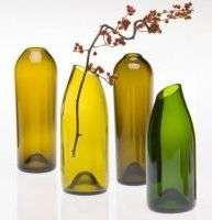 Поделки из стеклянных и пластиковых бутылок. Фото