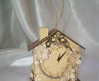Новогодний домик из картона делаем своими руками