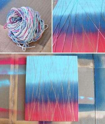 Рекомендуется распылять краску-спрей не в помещении и в защитной одежде. Шаг 1: На рамке создаем рисунок из нитей. С обратной стороны рамки закрепляем нити липкой лентой.