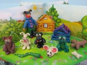 Вы можете сделать целую ферму из пластилина вместе с ребёнком, изучая при этом всех домашних животных.