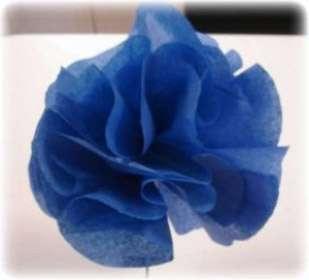 цветок объемный из гофрированной бумаги