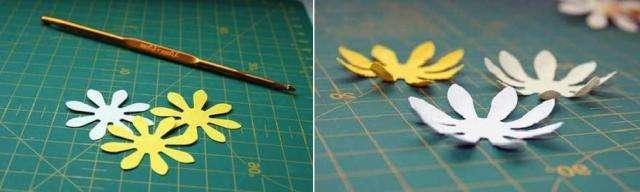 Бумага хорошо сочетается с бисером. Вместе два материала позволяют создать цветок
