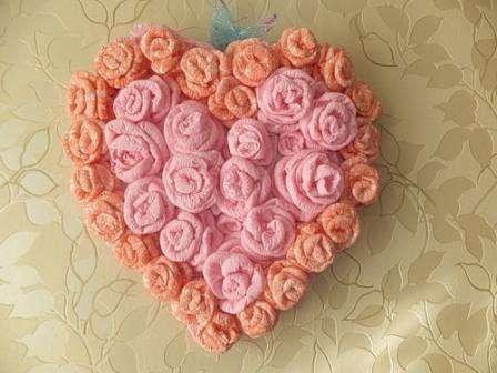Как сделать сердце из роз и салфеток. Мастер-класс