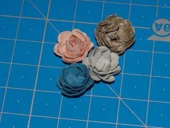Простой мастер-класс с фото: роза и тюльпан из бумаги своими руками
