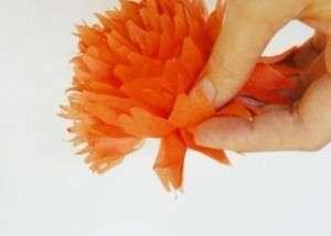 Цветок из салфеток своими руками поэтапно фото 796