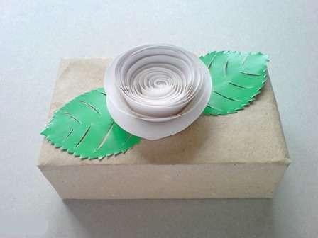 Сделать простой цветок из ленты своими руками фото 906