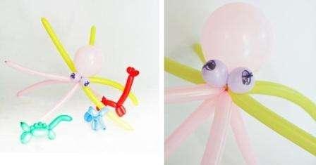 Осталось прикрепить щупальца из длинных шаров и ваш осьминог готов. Такую поделку можно использовать для декорирования интерьера в морском стиле.