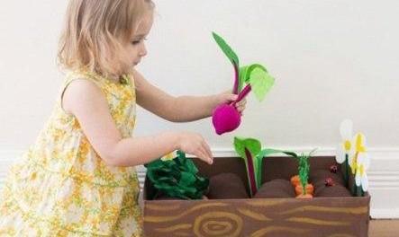 Грядка из фетра, делаем своими руками для детей