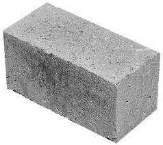 Существует два типа блоков — пустотелые и полнотелые. Для последних характерны повышенные прочностные свойства, а их применение ограничивается преимущественно возведением фундаментов.