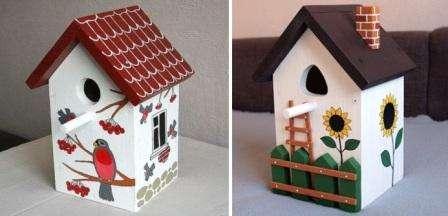 Созданный скворечник можно прибить к дереву, а можно привязать проволокой.</p> <p> Главное, чтобы птичий домик находился подальше от крыш домов, карнизов. Также он должен висеть довольно высоко, чтобы кошки не смогли добраться до него» width=»448″ height=»216″/></p></div> </p> <p>Если хочется, можно украсить скворечник: покрасить водоэмульсионной краской, придумать интересный дизайн и нарисовать что-нибудь (например: цветы, дверцы и окна, как в настоящем доме, бабочек и т.д.), купить дополнительно небольшие декоративные элементы и также закрепить их на постройке.</p> <h3>Скворечники из подручных материалов. Фото</h3> <p>Самый простой способ сделать скворечник – использовать обычную коробку из гофрированного картона.</p> <p> Основной недостаток такого домика – недолговечность, однако во время его изготовления вы получите немало положительных эмоций.</p> <p><div style=