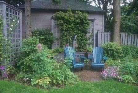Для рассаживания цветов создаётся схема, по которой цветы и высаживаются. Сперва распределяется площадь сада или придомовой территории. В среднем площадь клумбы может занимать 15 процентов от общей площади участка.