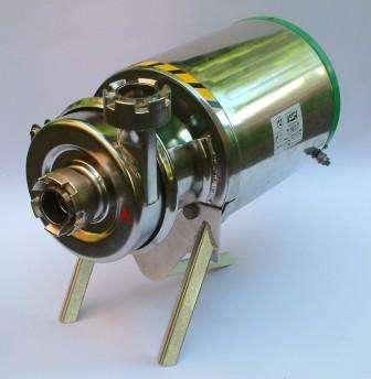 Центробежный насос НЦС 12-10 Насос НЦС 12-10 является центробежным и одноступенчатым. Он подходит для работы на глубине 5 м. Прибор применя