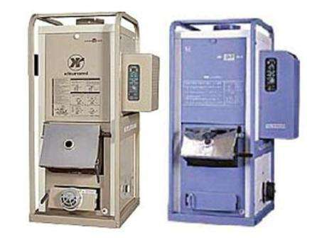 Подсоединение и настройка универсального отопительного осуществляется без постороннего вмешательства. Практически любой котёл является нагревателем теплоносителя (воды) и продвигает воду по всей отопительной системе.
