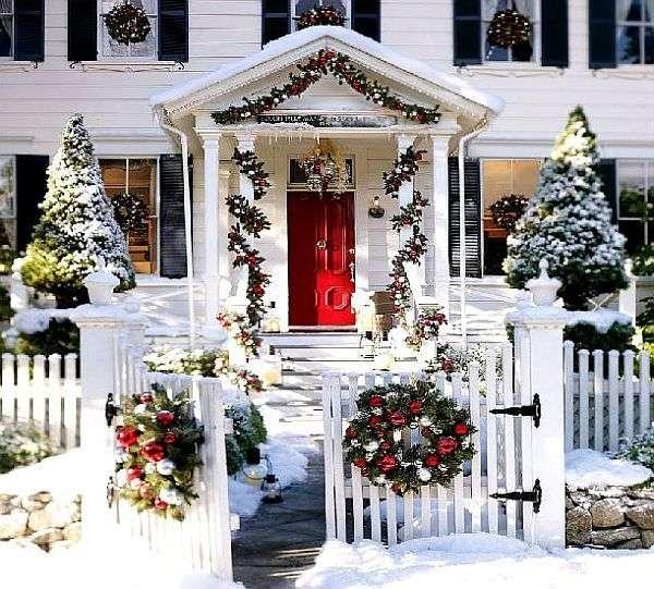 как украсить зимой двор фото