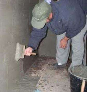 Из-за того что в подвале постоянно большая влажность – это ведет к образованию на стенах грибка, а это в свою очередь неблагоприятно сказывается как на конструкциях сооружения, так и на здоровье самого человека.