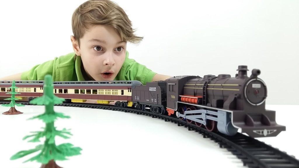 Какие подарки подарить мальчикам класса 23 февраля