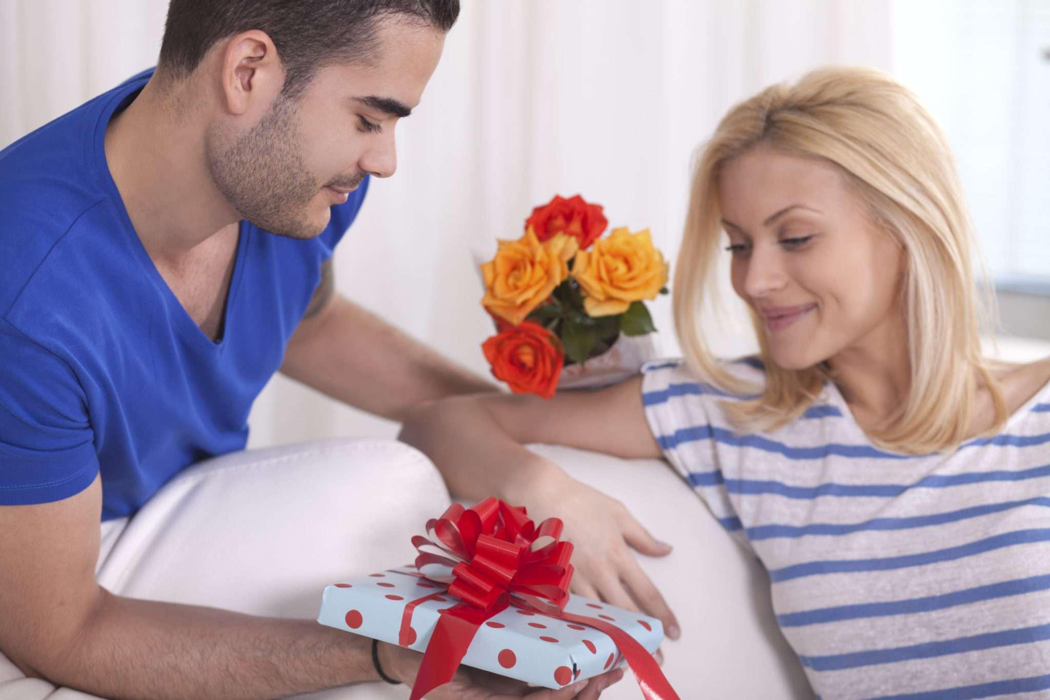 подарок на день влюбленных любимой девушке