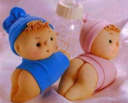 Кукла из обычного носка готова! Как видите, не нужно слишком много времени, чтобы пошить такую забавную игрушку.