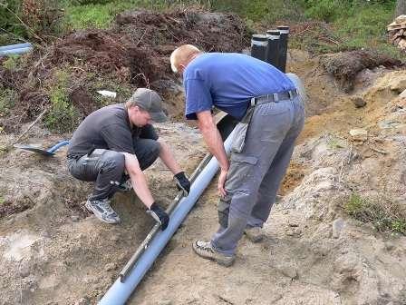 Водопровод в частном доме своими руками от центрального водопровода. Видео