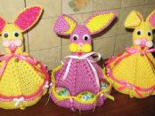 Как сделать пасхального зайца с карманами для яиц