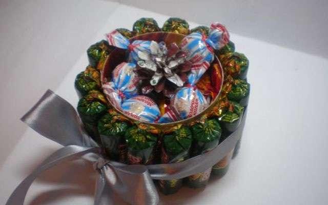 букеты из конфет на новый год 2018